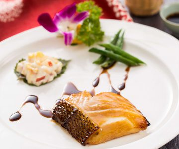 Grilled Cod Fish Fillet with Glazed Honey Sauce